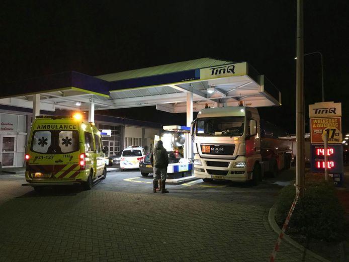 Het benzinestation is afgezet door de politie.