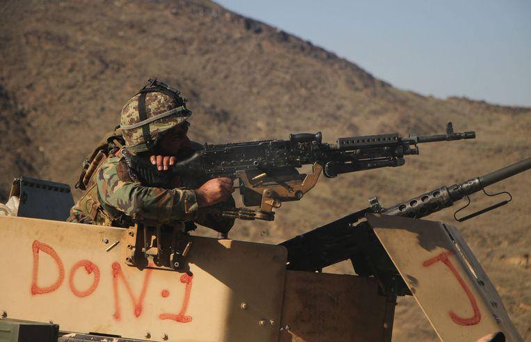 Een Afghaanse soldaat in Nangarhar (archiefbeeld).