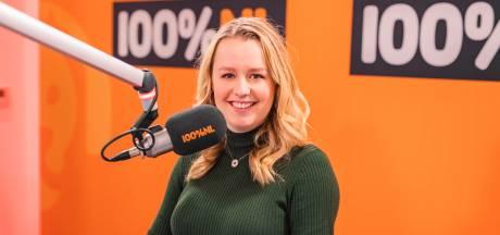 Radio-dj Chantal Hutten is toch liever verpleegster: 'Ik houd eigenlijk wel van het normale leven'
