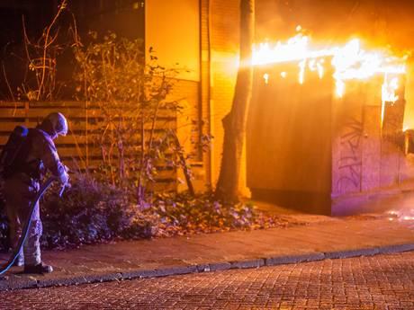 Bewoners in Mijdrecht op straat en zonder stroom na brand in transformatorhuisje