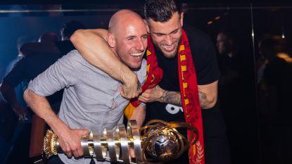 IN BEELD. KV Mechelen-spelers vieren hun 1B-titel in Carré