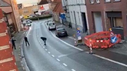Gewapende man die werd neergeschoten in Kruishoutem kreeg eerst kogel in been