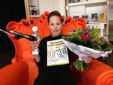 Brugklasser uit Oldenzaal wint provinciale voorleesfinale