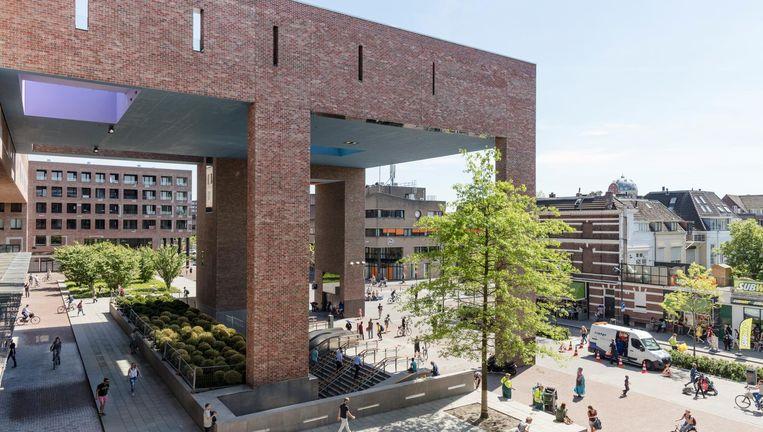 Beste gebouw van het jaar: Volgens de vakjury is dat het nieuwe station van Breda, ontworpen door architect Koen van Velsen. Beeld Lars van den Brink