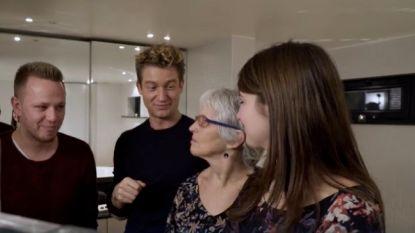 Jani legt Jesse's mama in wel erg klare taal uit wat Tinder is