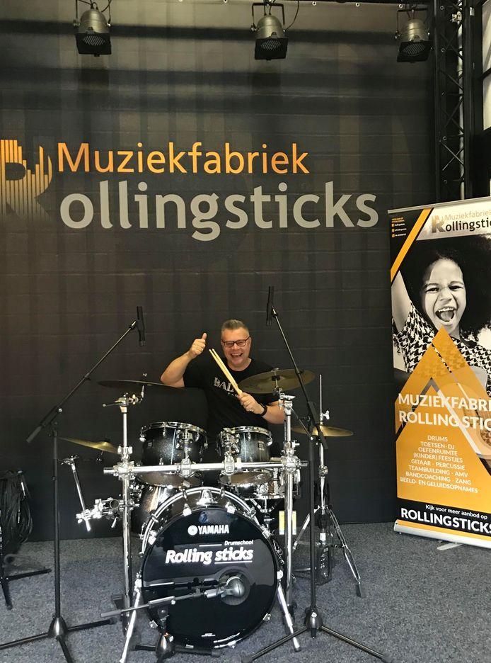 """Patrick Wognum van Rollingsticks in Gouda: ,,De overleden Toto-drummer Jeff Porcaro was mijn grote voorbeeld."""""""