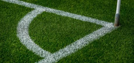Voetballer Hatert die kopstoot uitdeelde aan Diosaspeler stopt ermee