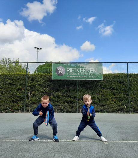 Ukkies staan te popelen nu zij weer kunnen tennissen in Schiedam