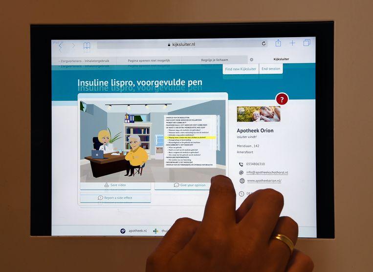 Filmpje dat in toegankelijke taal uitleg geeft over medicijnen. Het is onder meer ontwikkeld voor laaggeletterden en anderstaligen. Beeld Marcel van den Bergh