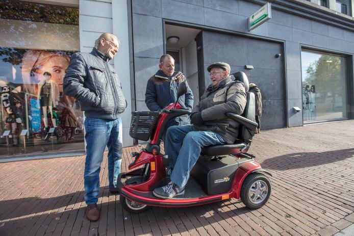 Scootmobiel op de Markt in Helmond (archieffoto ter illustratie)