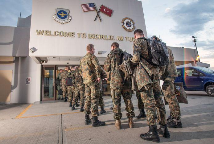 Duitse militairen op een Turkse basis
