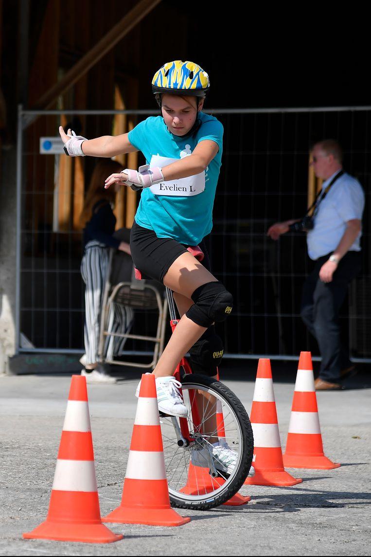 Eenwielerwedstrijden tijdens de Dijkfeesten in Zele.