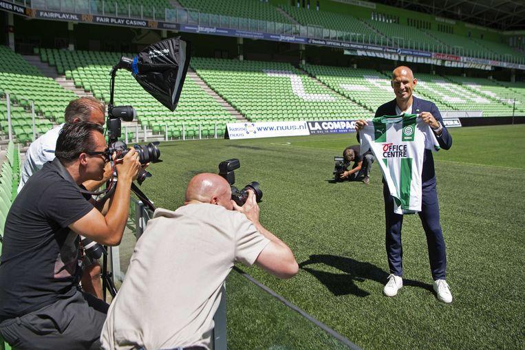 Arjen Robben tijdens zijn presentatie in het stadion van FC Groningen. Beeld ANP