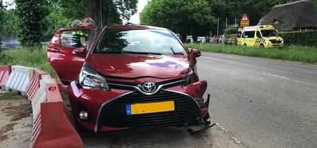 Verkeersregelaar gewond bij aanrijding in Bennekom