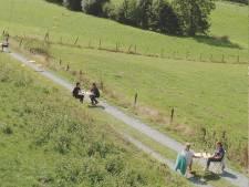 Plus de 500 Belges déjà inscrits pour boire une bière le long de la frontière linguistique