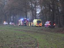 Fietser treft auto met overleden man aan in Diepenheim