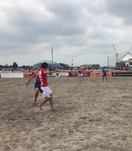 HTC Beachsoccer opent seizoen sterk