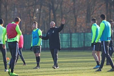 Velden Vitesse onder de maat: Sturing gooit training er uit