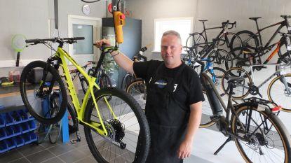 Bouwvakker Francky opent fietsenwinkel in Machelen