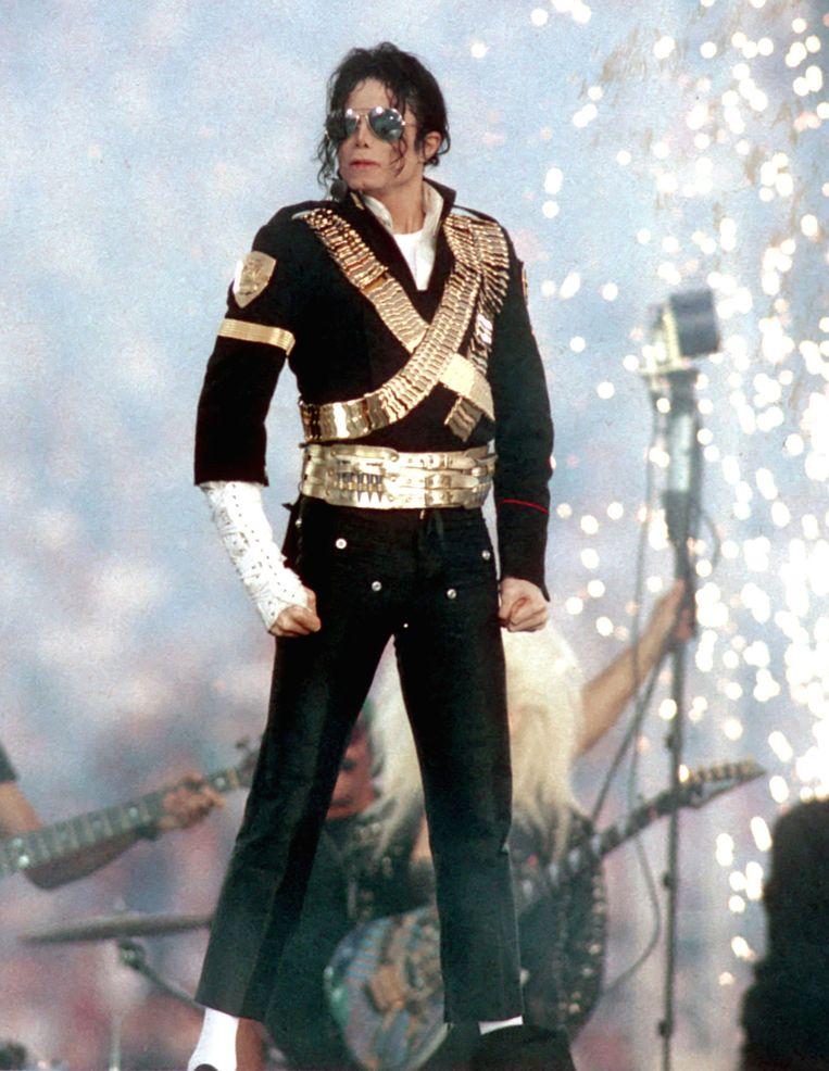 Louis Vuitton haalde de mosterd voor de nieuwe collectie bij het optreden van Michael Jackson op de Super Bowl in 1993.