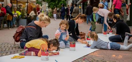 Nijmegen weer lekker aan het tekenen op The Big Draw