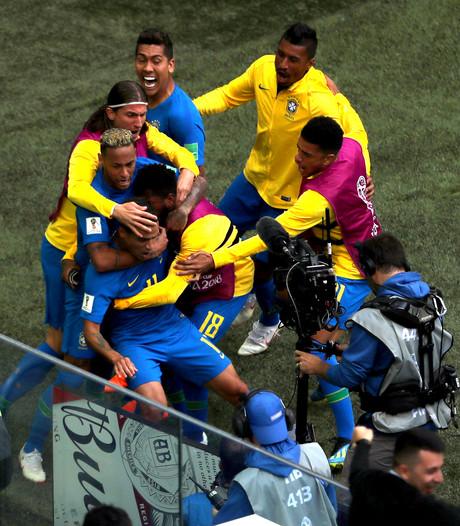 Coutinho en Neymar voorkomen in extremis nieuwe kater Brazilië