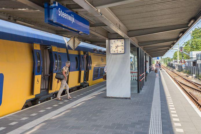 Het volgens wethouder Scheringa nu nog onaantrekkelijke station  moet veranderen in een  aantrekkelijk knooppunt van duurzame mobiliteit.