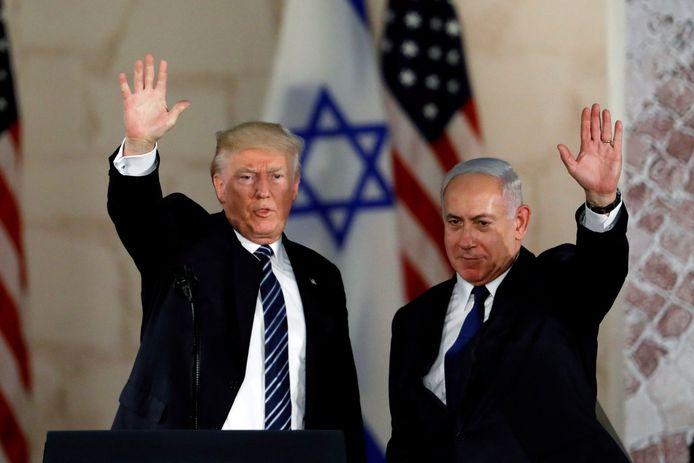 Donald Trump met de Israëlische premier Benjamin Netanyahu, op een archiefbeeld uit 2017.
