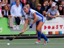 Nederlandse tophockeyster onder vuur na uitlachen fan op Instagram: 'Je bent een dikke trol'