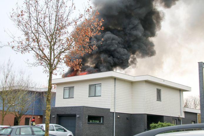 De woning aan de Pluvierenweg in Zeewolde waar Ferry A.A. zwaargewond raakte na een zelf veroorzaakte explosie.