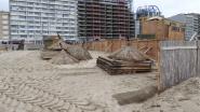 Opbouw strandbars van start in weer en wind