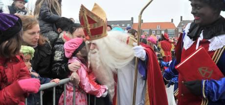 Middelburg huurt roetveegpieten in na klachten over discriminatie