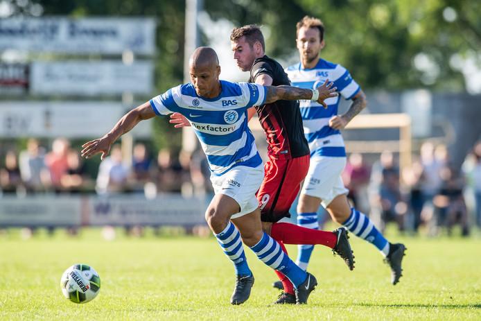 De Graafschap-spits Anthony van den Hurk scoorde twee keer tegen Silvolde.