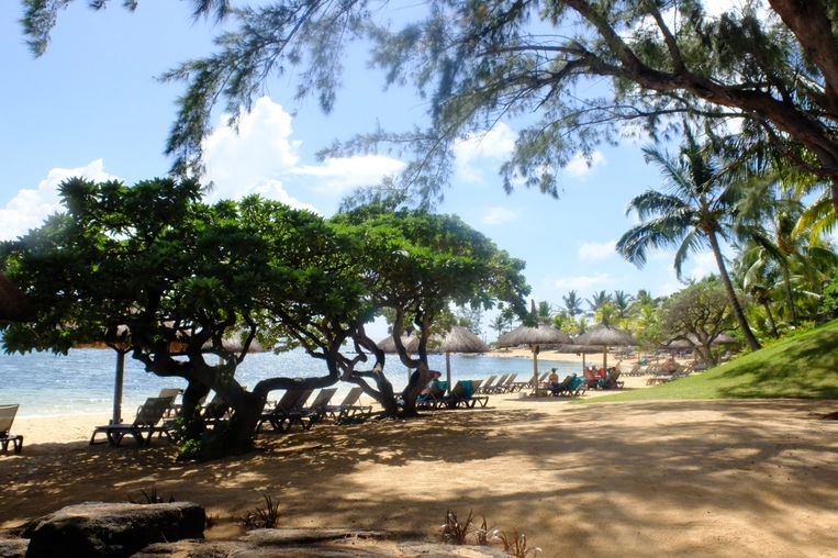 Het strand van Le Canonnier Beachcomber Golf & Spa Resort.