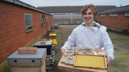 19-jarige hobbyimker start eigen bedrijfje
