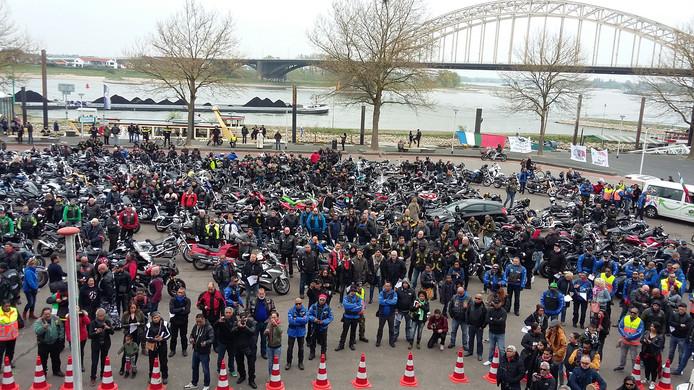 De enorme stoet is aangekomen in Nijmegen.