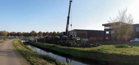 Knap staaltje werk: enorm gemaal snel geplaatst bij Hedel