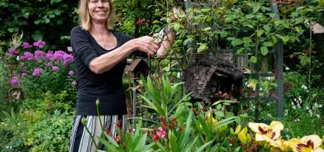 Van Hanny mag je haar tuin gratis gebruiken, ook om te tuinieren