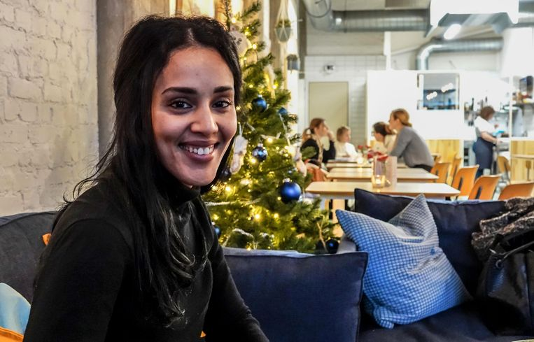 We spraken Souad Abihi in ontbijt- en koffiehuis Tarterie op de Grote Markt in Kortrijk.
