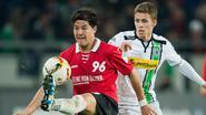Thorgan Hazard gaat met Mönchengladbach onderuit bij rode lantaarn