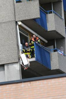 Betreden balkons Beneluxflat verboden, risico bestaat dat andere zijpanelen ook loskomen