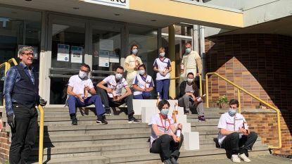 Sommelier verrast personeel van woonzorgcentrum Sint-Anna met rosé