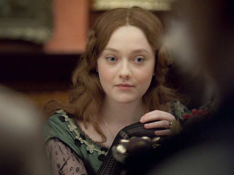 Dakota Fanning in Effie Gray (Richard Laxton, 2014). Beeld