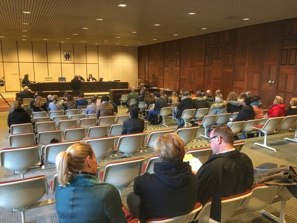 De themazitting vond voor het vierde jaar op rij plaats in de politierechtbank van Brugge.