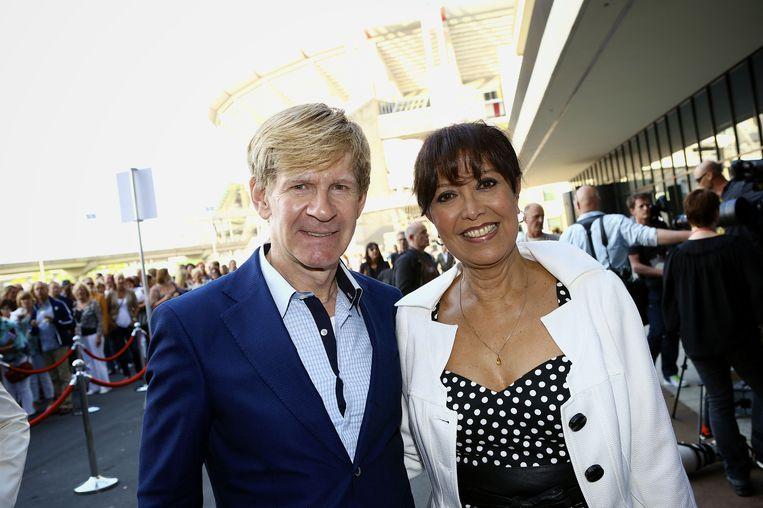 Sandra Reemer en mode-ontwerper Addy van den Krommenacker. Beeld anp