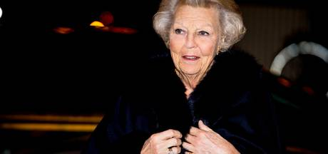 Prinses Beatrix woont Balletgala in Amsterdam bij