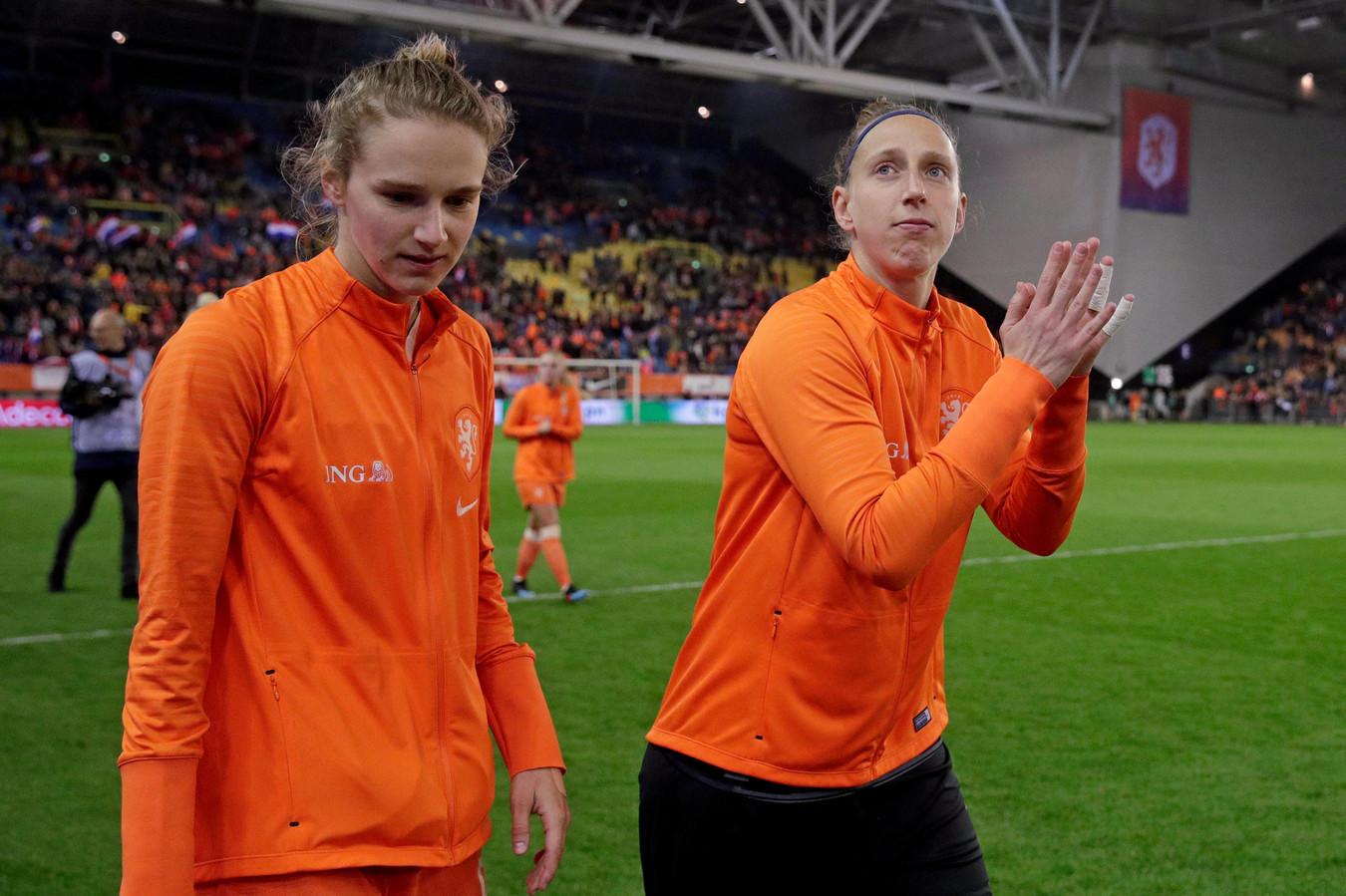 Vivianne Miedema en Sari van Veenendaal.