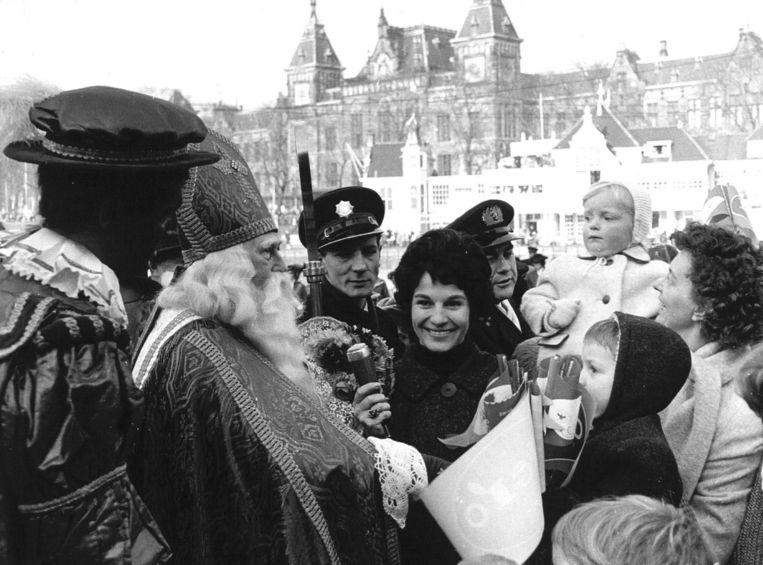Bouwman presenteerde 25 jaar lang de intocht van Sinterklaas Beeld ANP