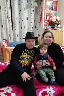 Henry (47) zit in epicentrum coronavirus: 'Ziekenhuizen liggen propvol, we kunnen huis niet uit'