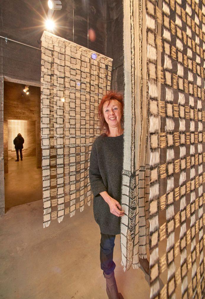 Kunstenares Anneke Klein in de Wiebengasilo,  Noordkade Veghel. Foto Van Assendelft/Jeroen Appels